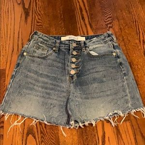 Brandy Melville Button Fly Mom Shorts 26/2